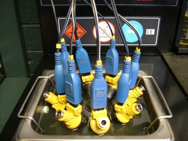The Fuel Injectors are Pulsated during this Ultrasonic Bath